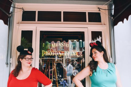 """It's Kind of Fun to Do the Impossible"" - Walt Disney. Disneyland Photo shoot Curvy, plus-sized photo shoot Embraceable Project #embraceablenow Body positive weight-loss blog photoshoot"